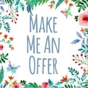 Other - ❤️❤️💕I love offers!❤️❤️👡